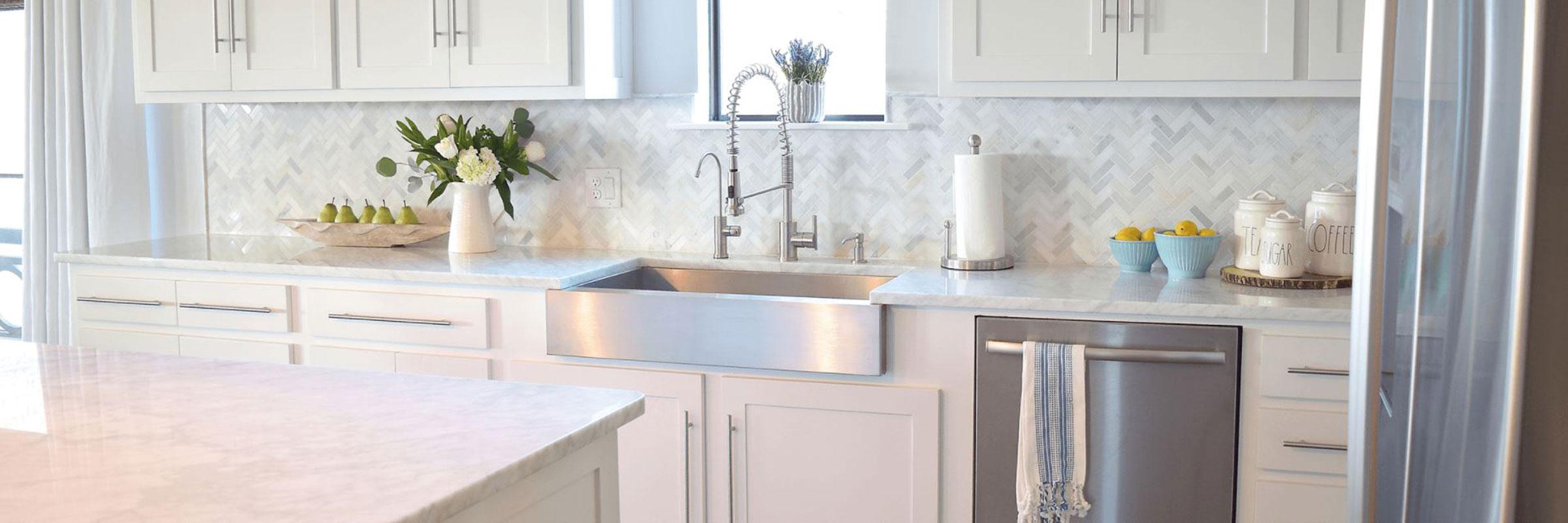 modern-contemporary-white-kitchen-stainless-steel